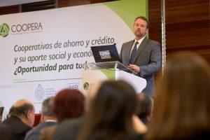 Kevin Cowan en el seminario